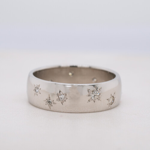 Diamond Star Engraved Ring